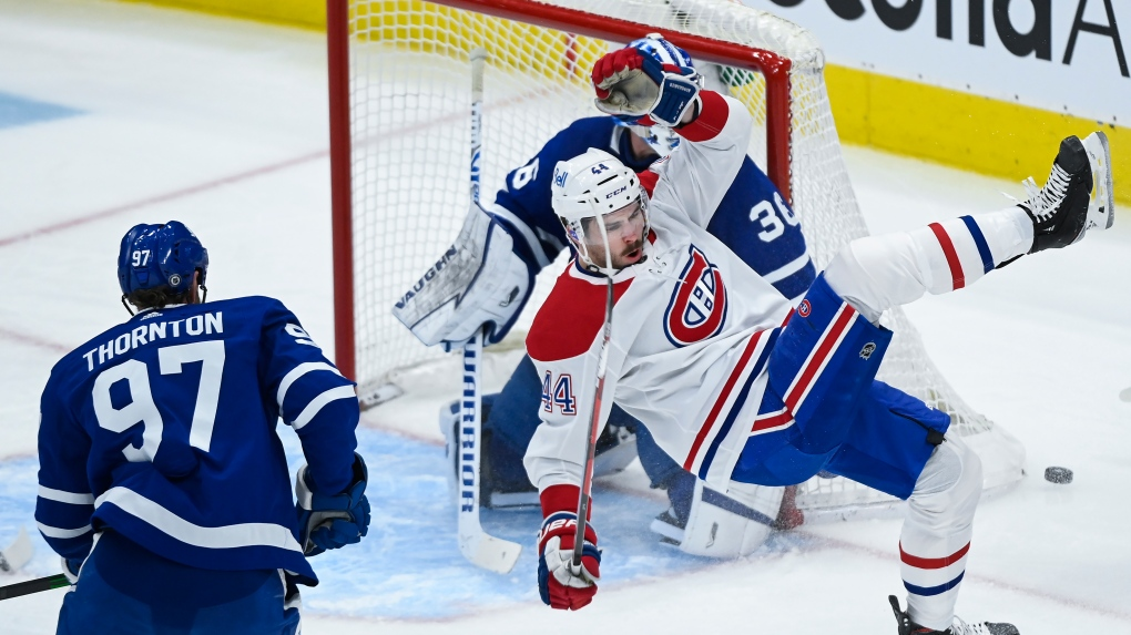Montreal Candiens lose to the Leafs