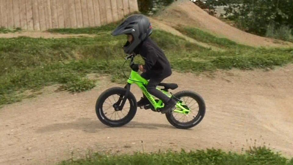 Kashius Weme rides at park