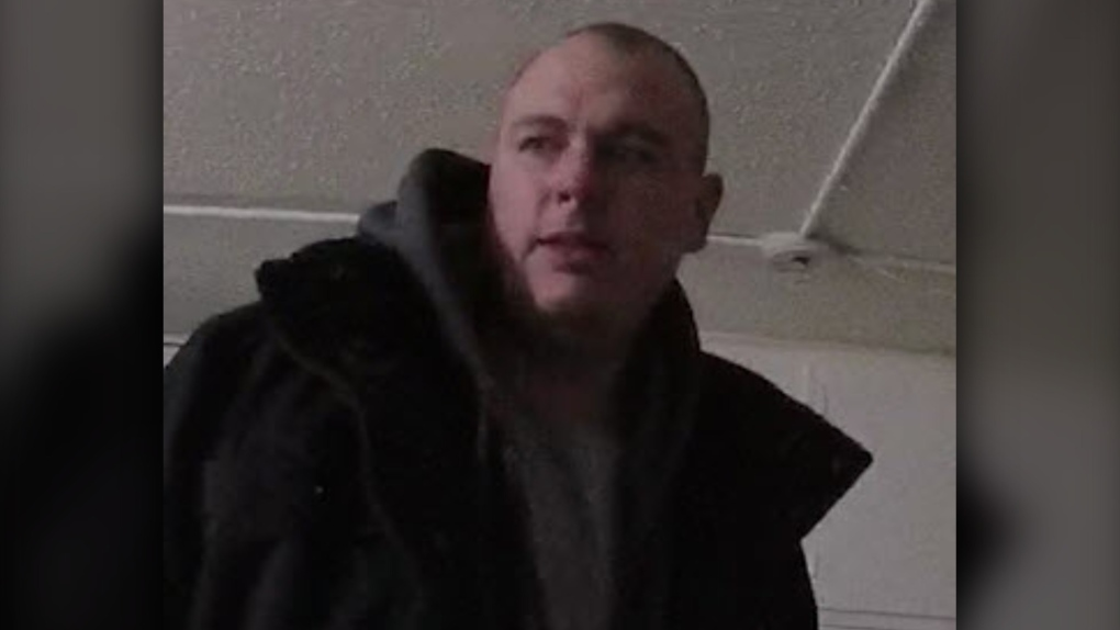 Christoper Mathers, wanted, murder suspect