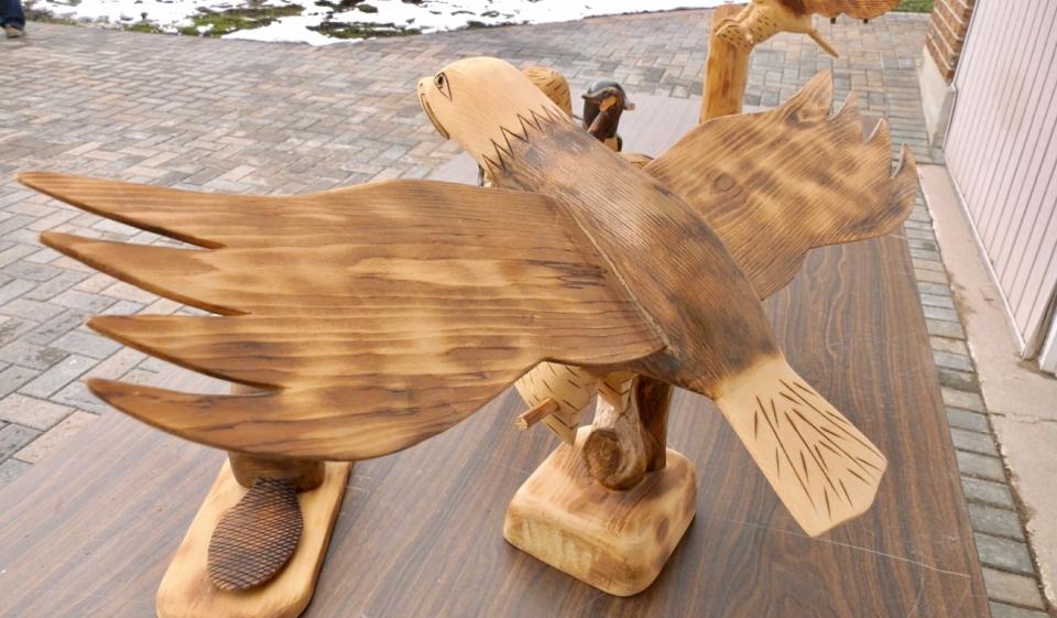 Wood carvings1