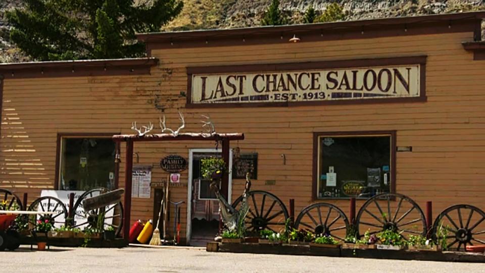 saloon, wayne, alberta