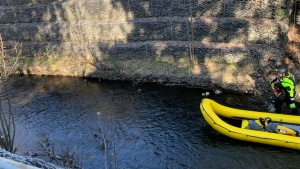 Sudbury water rescue crews search Junction Creek following a tip about someone possibly in the water. May 14/21 (Jesse Oshell)