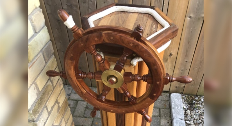 St. Thomas, Ont. police tweeted this image of a ship's wheel found abandoned in the city.