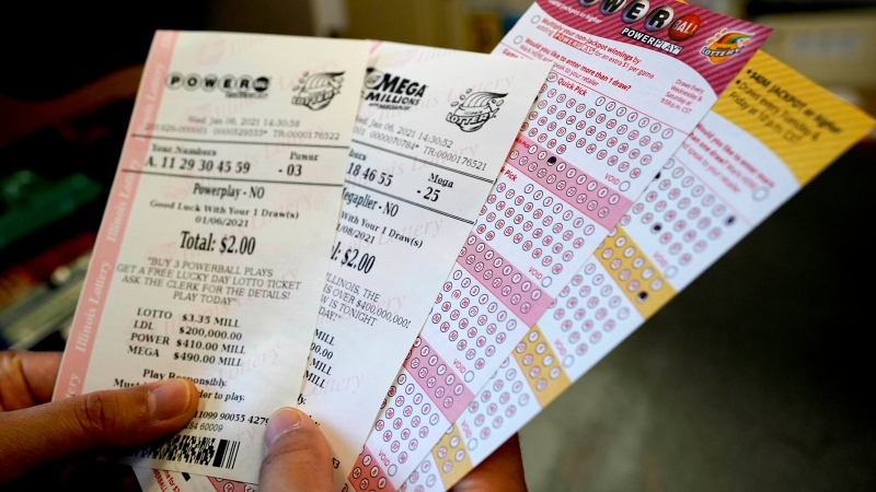 U.S. woman says she washed wining lottery ticket