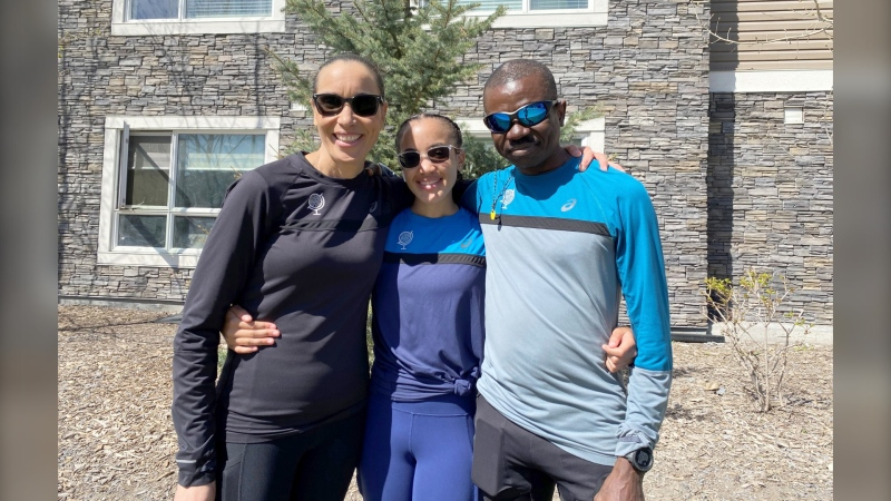 Calgary ultramarathoner Varden Morris with his wife Tania, and 18-year-old daughter Makeda. Morris took just 10 days to complete the Great Virtual Race Across Tennessee (GVRAT).