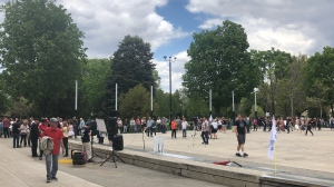 Hundreds of people gathered to protest provincial lockdown measures in London, Ont. on Saturday, May 15, 2021. (Jordyn Read/CTV London)