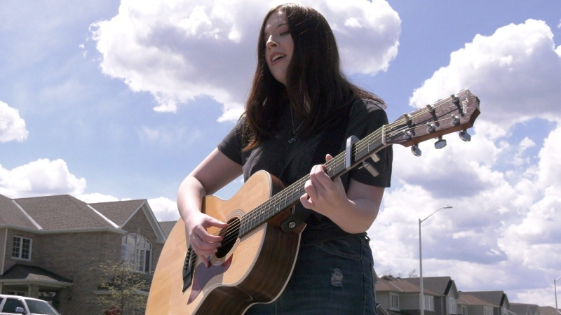 Katya Beresnikow of Renfrew playing a cover of Justin Bieber's Love Yourself. (Dylan Dyson/CTV News Ottawa)