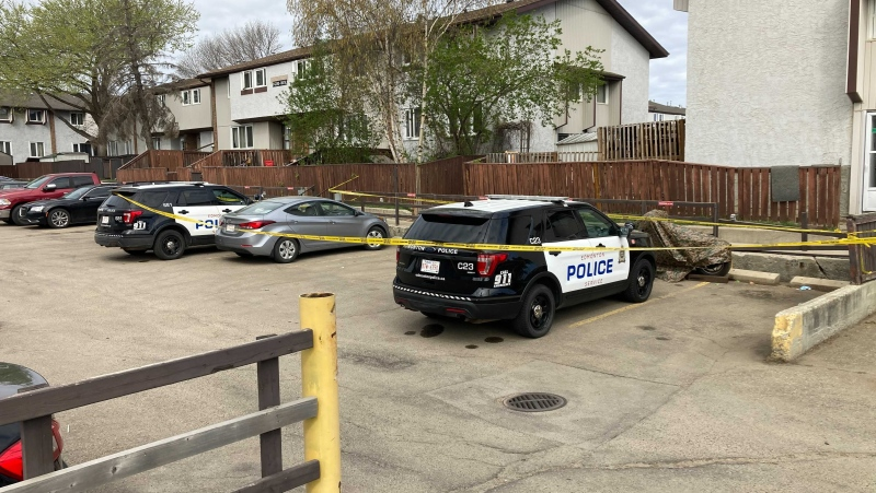 Homicide detectives are investigating the death of a man they believe to be suspicious Sunday morning (CTV News Edmonton/Brandon Lynch)