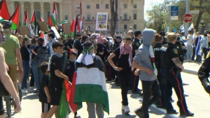 Middle East conflict protests come to Winnipeg