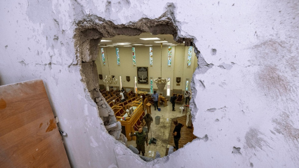 A damaged synagogue in Ashkelon, Israel