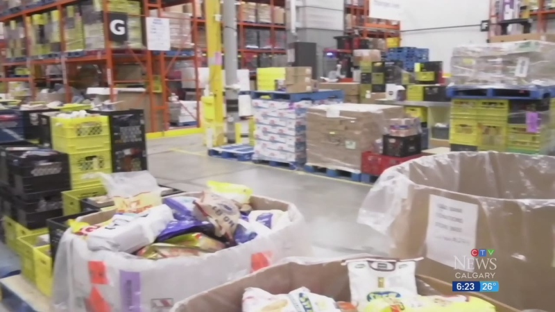 Pressure on Calgary food banks grows in pandemic
