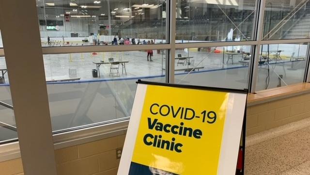 A COVID-19 vaccine clinic in Kingston, Ont. (Kimberley Johnson / CTV News Ottawa)