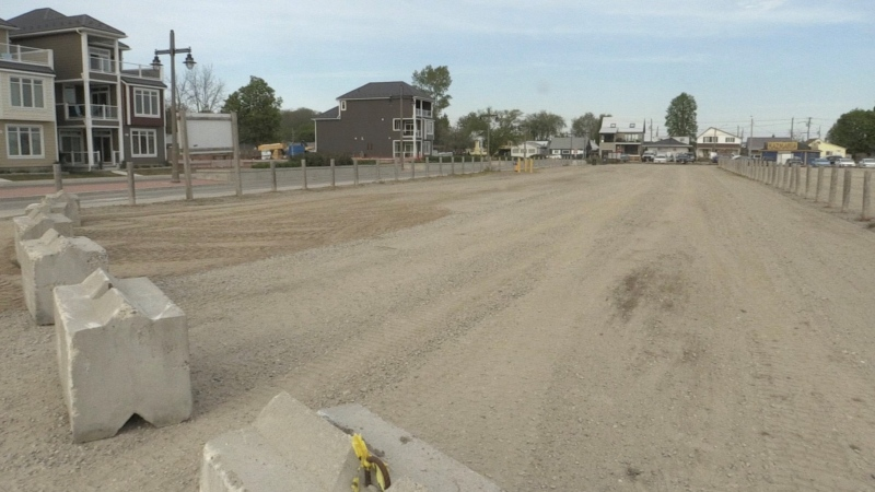 A beach parking lot in Port Stanley, Ont. is seen Thursday, May 20, 2021. (Bryan Bicknell / CTV News)