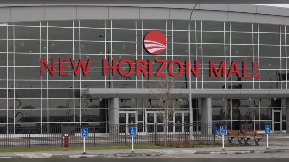 New, Horizon, mall, pandemic, Balzac