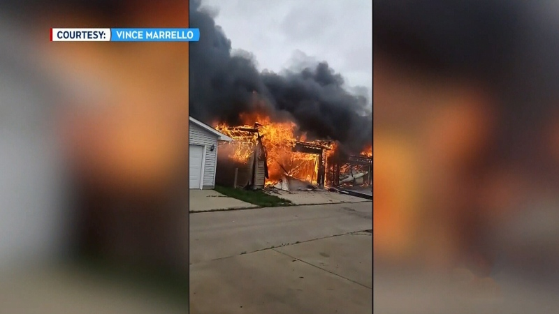 Large fire destroys 3 homes in north Edmonton
