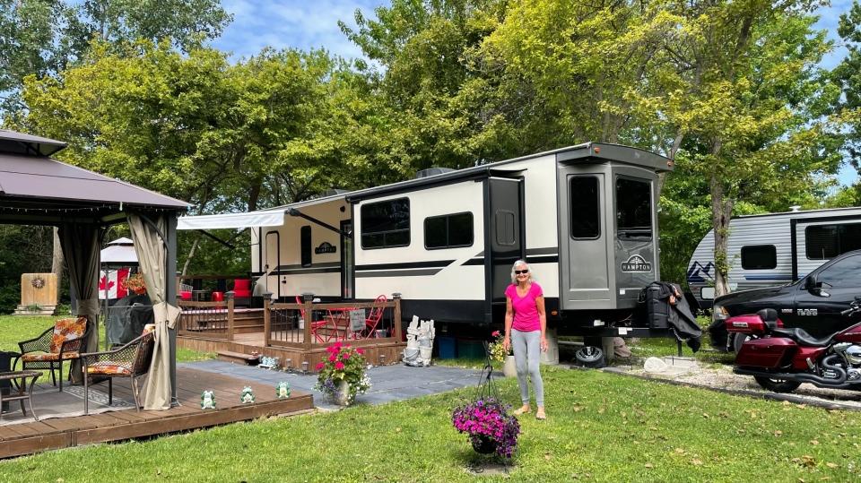 Seasonal camper