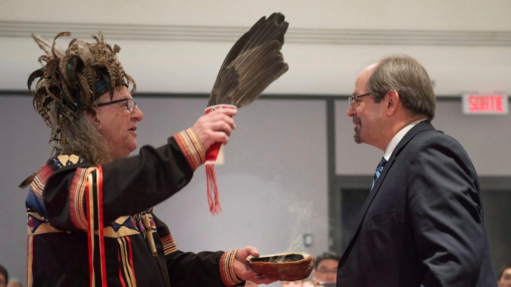 Geoffrey Kelley to negotiate with Kahnawake