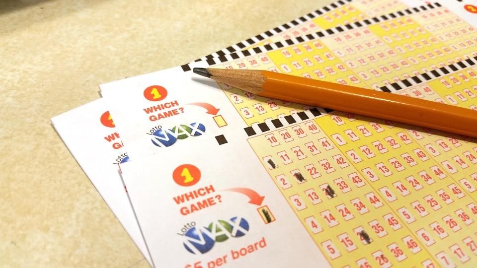 Lotto Max Alberta prairies
