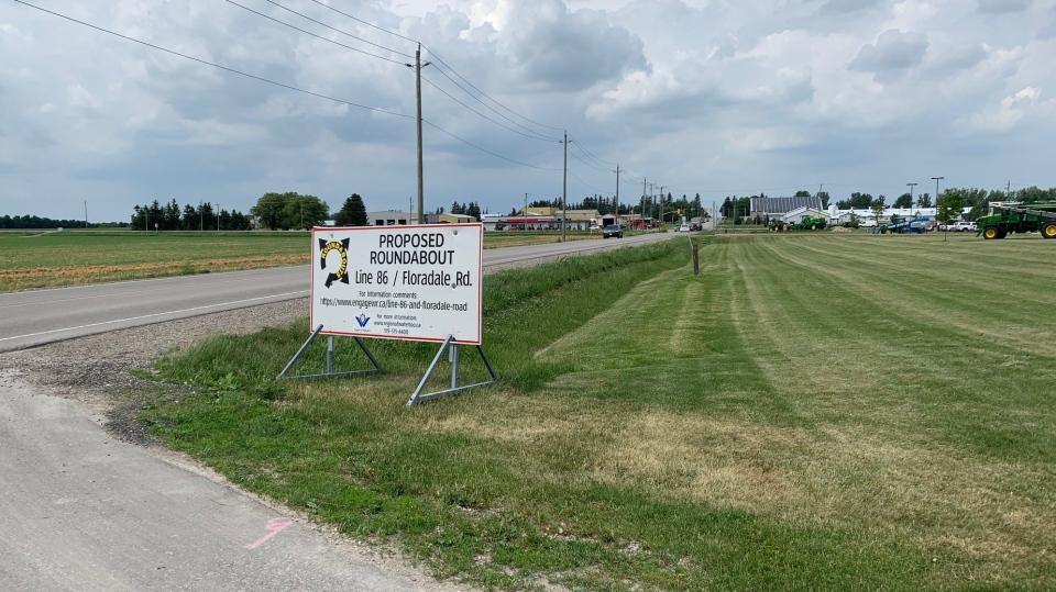 Elmira roundabout sign