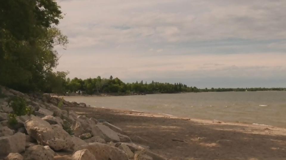 Three people rescued on Lake Winnipeg