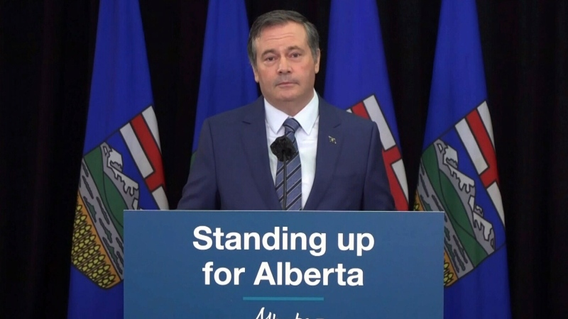 Premier apologizes for Sky Palace dinner