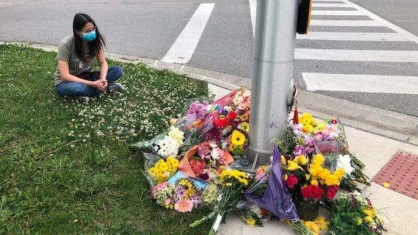 Hyde Park Road memorial
