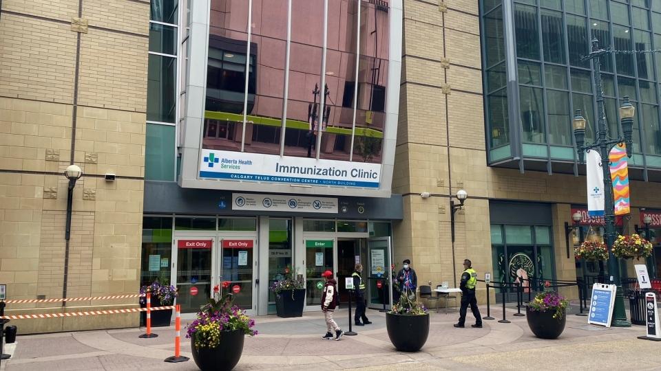 TELUS Convention Centre, vaccine, immunization
