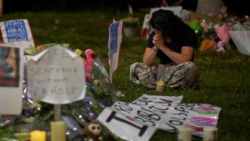 London attack site memorial