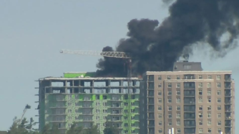 Heavy smoke seen from Halifax apartment building