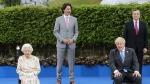 Queen Elizabeth jokes with G7 leaders