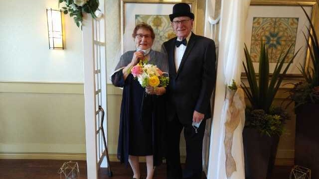 Bob and Vicky Dodd renew their vows at the St. Albert Retirement Residence on Friday.