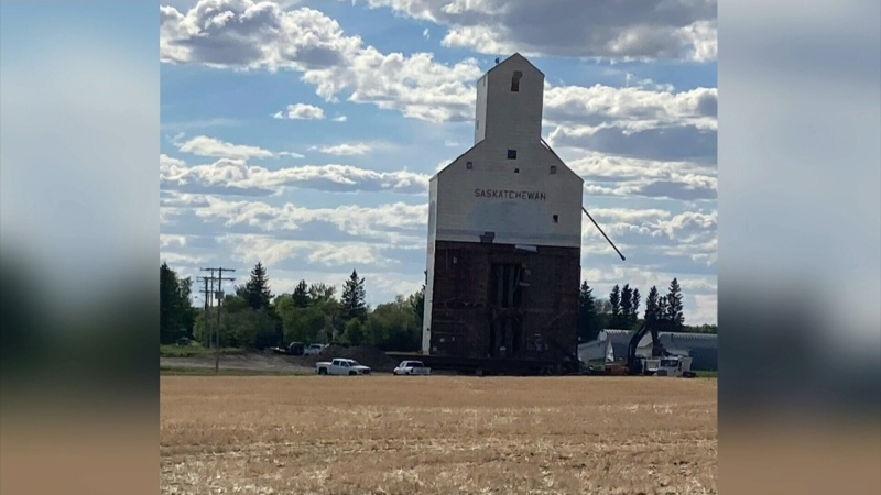 Significance of Sask. grain elevators