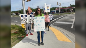 """""""They are fighting to keep the retirees benefits and they are fighting to keep what they have. What other people have fought for them,"""" said Tammy Lanktree, a supporter of USW Local 6500 at a June 12 pop-up rally in Sudbury, Ont. June 12/21 (Alana Everson/CTV News Northern Ontario_"""