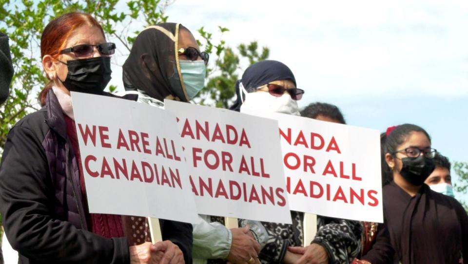 calgary, islam, racist, protest