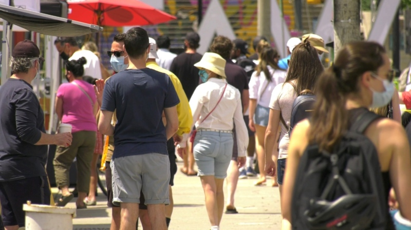 A busy ByWard Market on the first Saturday in Step 1 of Ontario's COVID-19 reopening plan. (Jeremie Charron/CTV News Ottawa)