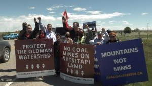 An anti-coal mine rally opposing the Grassy Mountain mine. (CTV News Calgary)