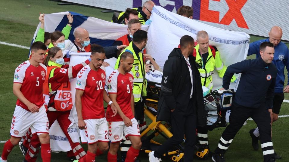 Christian Eriksen collapses