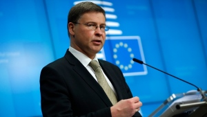 Valdis Dombrovskis at the European Council headquarters in Brussels, on May 20, 2021. (Francisco Seco / AP)