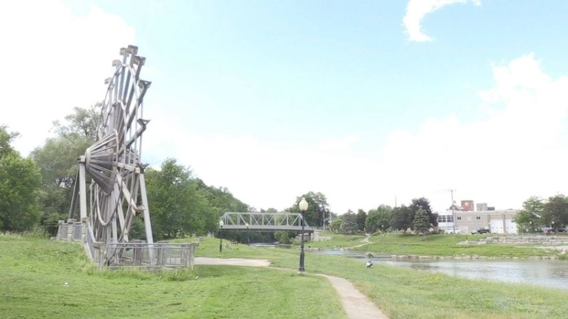 New Hamburg's old wooden waterwheel at William Scott Park could be replaced with a steel one as the Board of Trade eyes an upgrade. (CTV Kitchener)