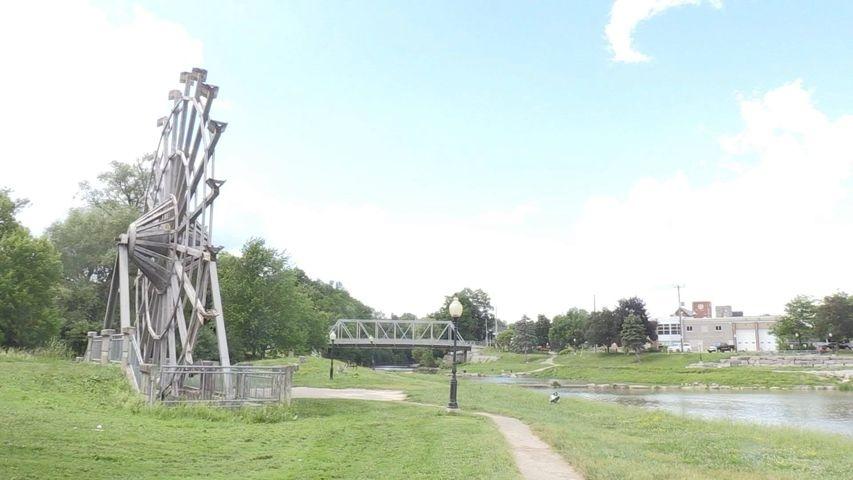 New Hamburg waterwheel