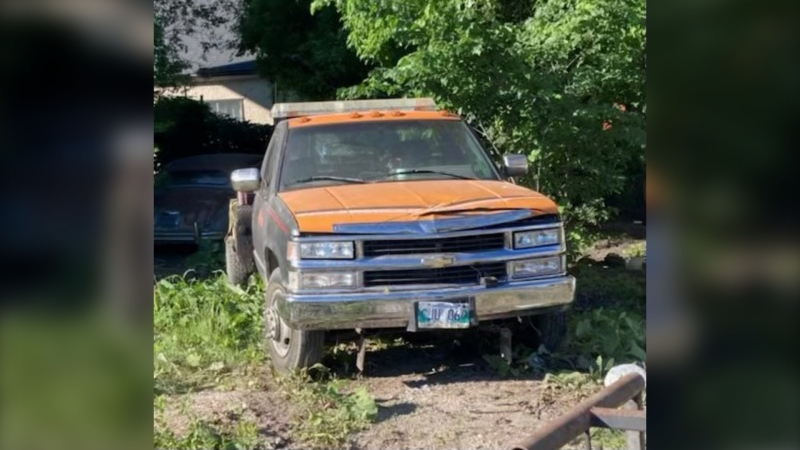 A photo of a truck police are looking for in connection with a collision involving a pedestrian on June 15, 2021. (Photo courtesy: Winnipeg Police)
