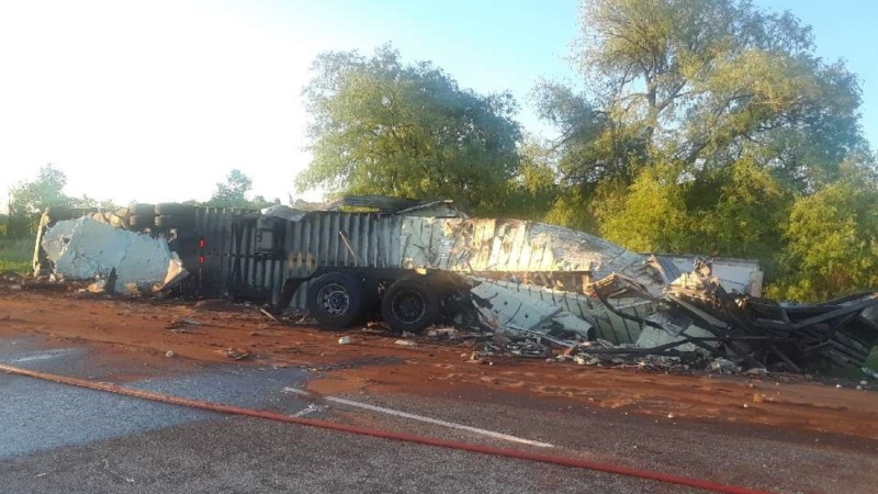 A crash between two transport trucks closed Highway 401 eastbound near Kingston on Wednesday. (OPP)