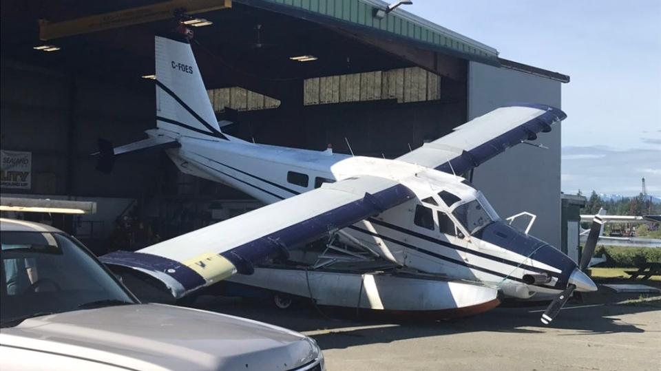 campbell river plane crash