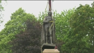 Macdonald statue removed from Kingston park