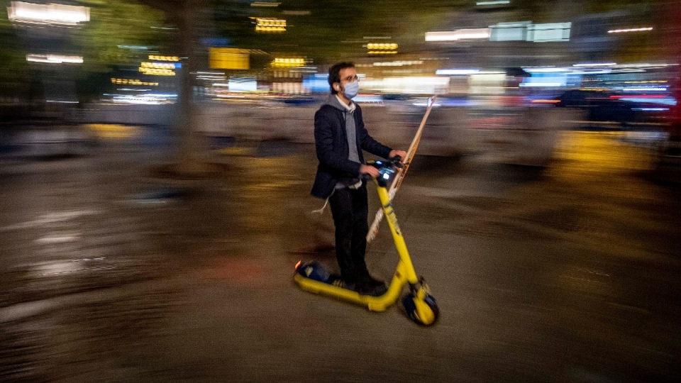 Riding an e-scooter in central Frankfurt