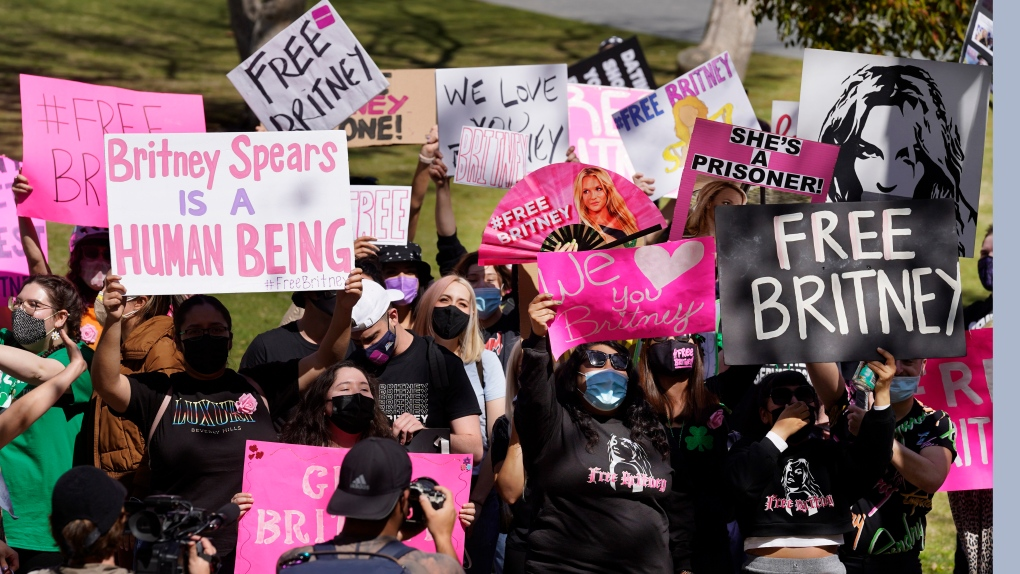 #FreeBritney supporters