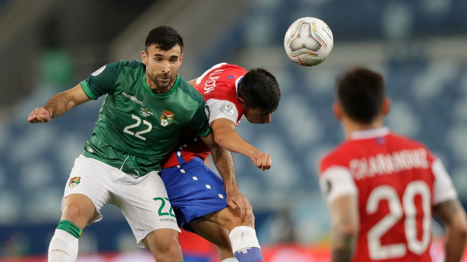 Bolivia and Chilean teams at Copa America