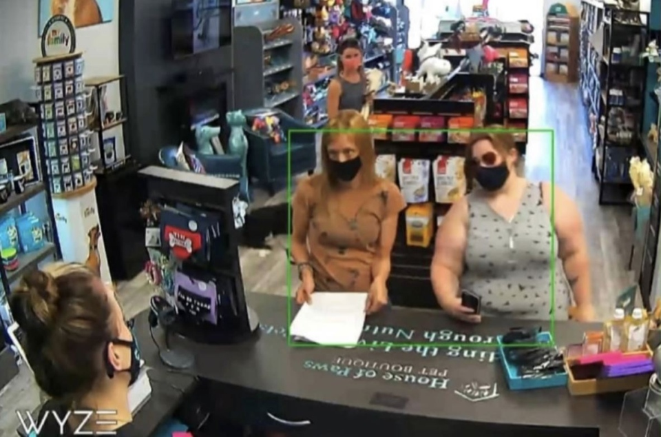 Business battles anti-maskers