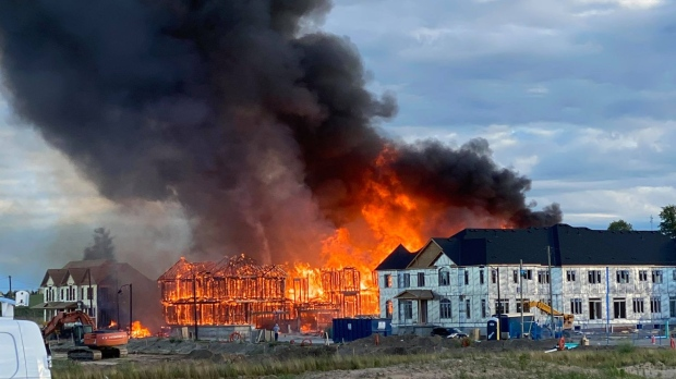 A large fire on Beckview Drive on Tuesday, June 22, 2021. (Supplied Ben Kuschmierz)