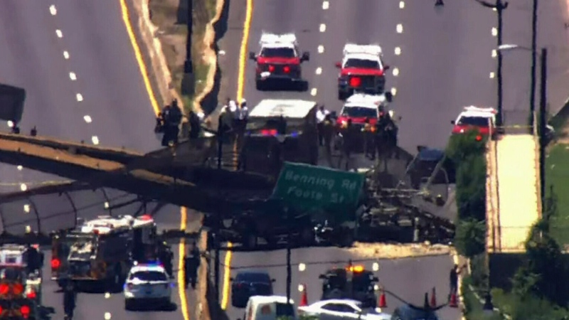 Extended: Bridge collapses onto busy D.C. highway